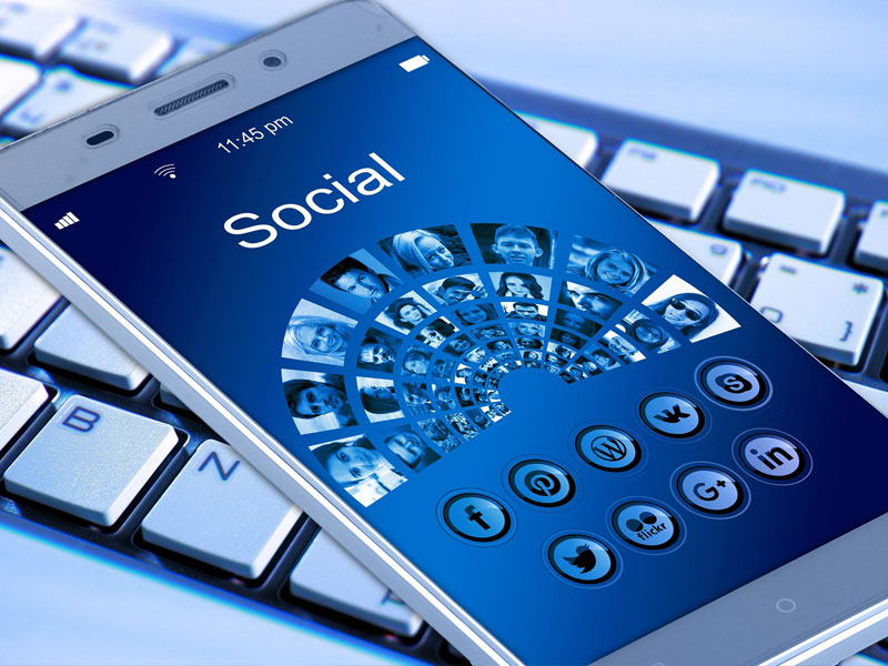 employer news - social media dangers